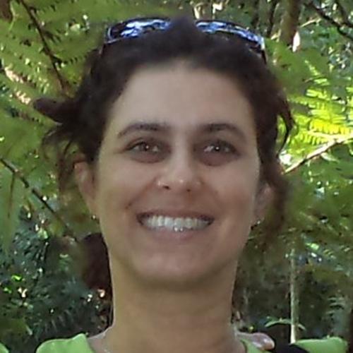 Luciana Gomes de Araujo Community Researcher