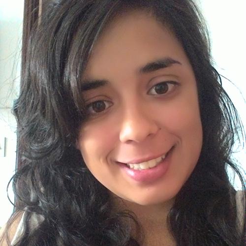 Camila Alvez Islas CCRN Researcher, community & conservation